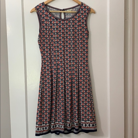 Max Studio Dresses & Skirts - Max Studio floral dress